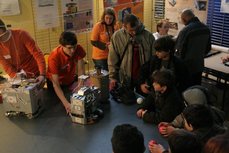 Présentation des robots et des clubs