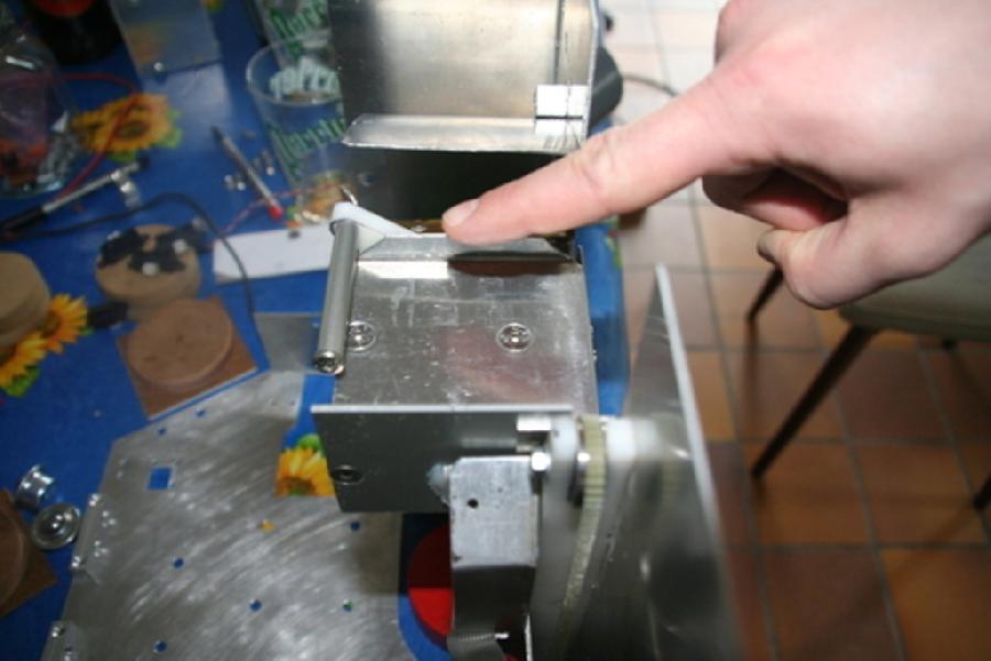 Mecanique de l'ascenseur du robot colonne'l vu du haut