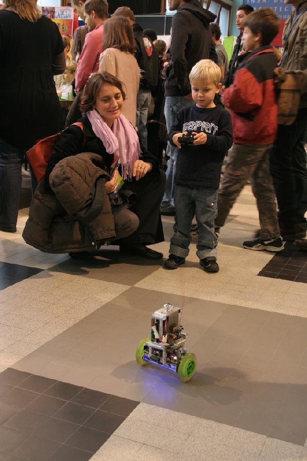 Le pendule attraction incontournable pour les enfants
