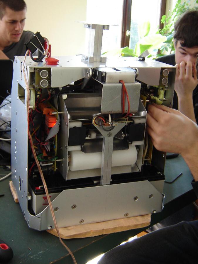 Robot monté, vue de derrière