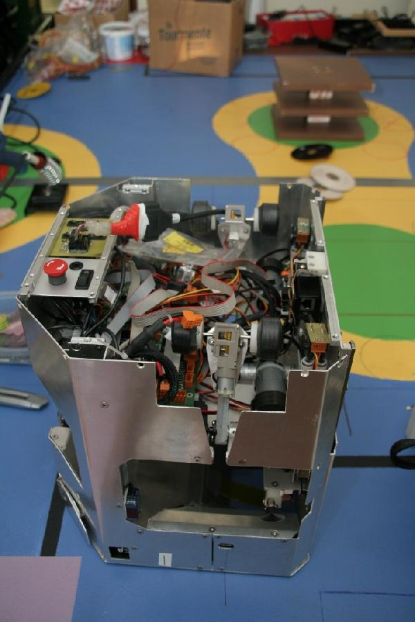 L'intérieur du grand robot