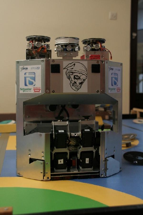 Grand robot pour les sponsors 1